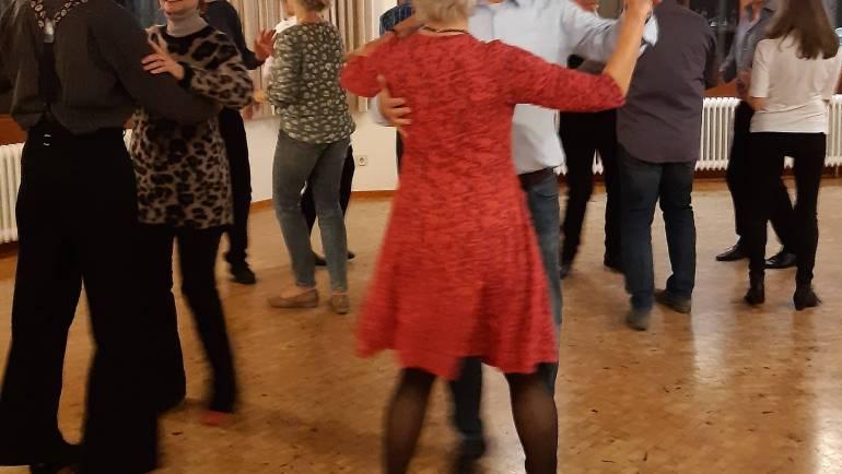 Tanzen mit Spaß für Paare mit wenig Tanzerfahrung